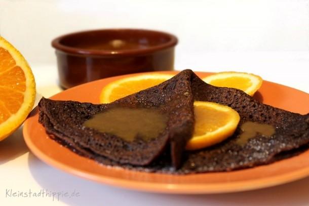 Schokopfannkuchen mit Orangenkaramellsoße