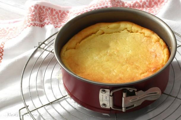 Veganer Käsekuchen Rezept für eine Springform mit einem Durchmesser von 18 cm