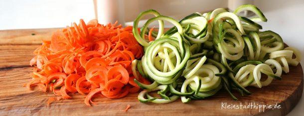 Zucchini und Karotten
