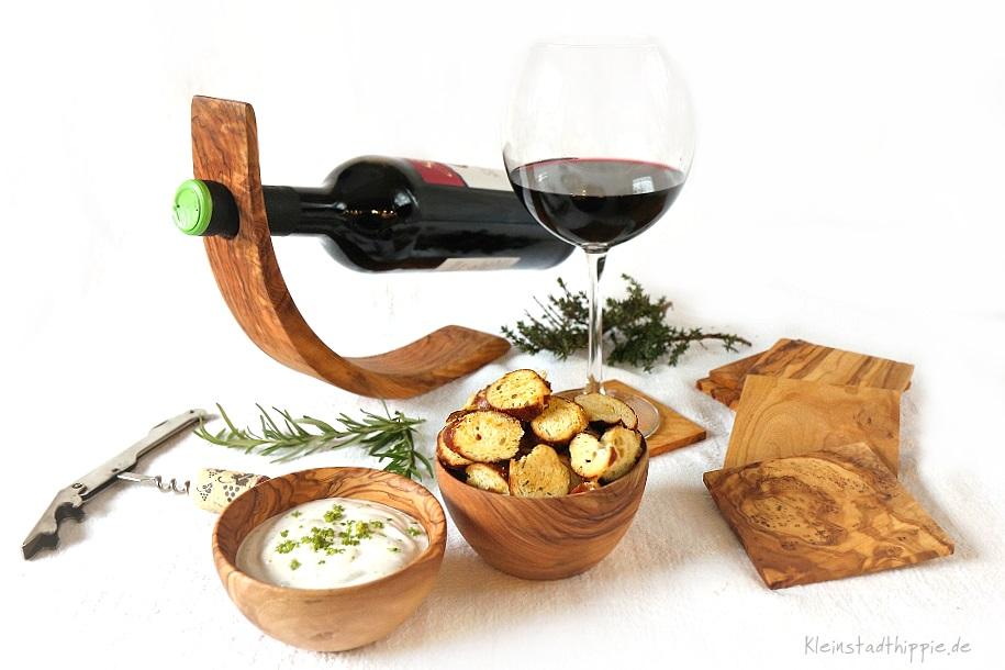 Gewinnspiel - Olivenholzweinflaschenhalter von NATUREHOME