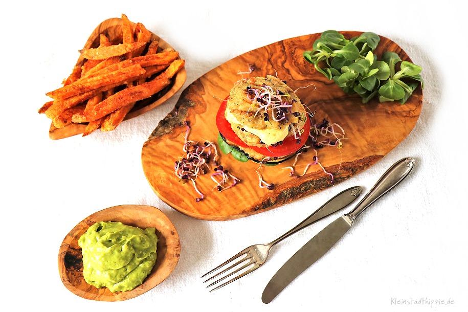 Burger aus veganen Semmelknödeln