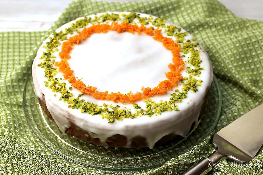 Karottenkuchen vegan - Rezept für Rüeblitorte