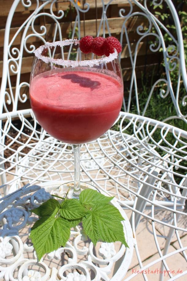 Himbeer-Vanille-Cocktail alkoholfrei
