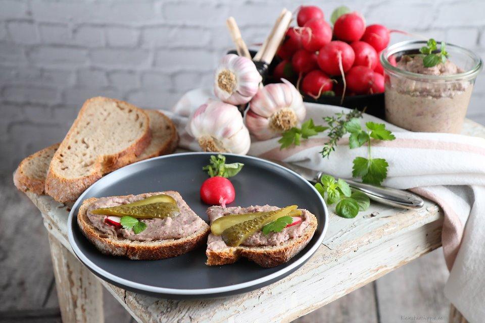 Kidney-Bohnen-Aufstrich / vegane Leberwurst