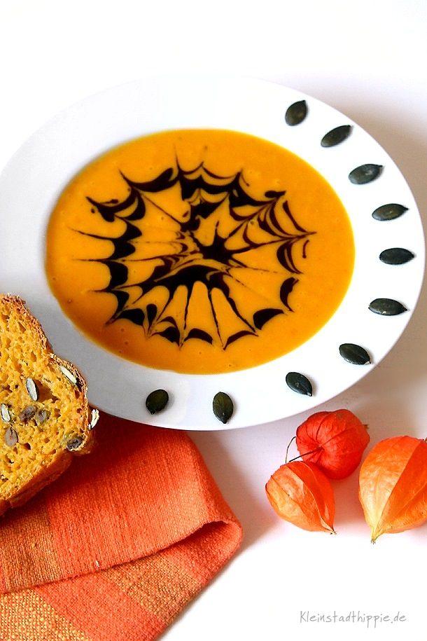 Kürbissuppe lecker und vegan - Rezept für Kürbissuppe aus Hokkaido
