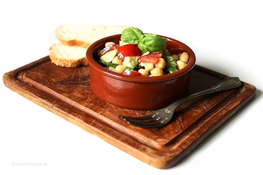Kichererbsen-Avocado-Salat - vegane Salatrezepte