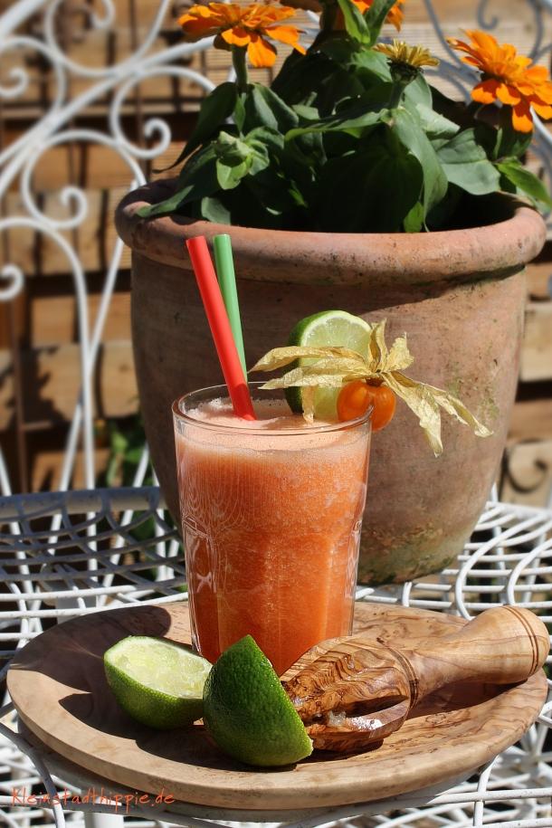 Grapefruit Karotten Smoothie - vegane Detox Rezepte bei Kleinstadthippie