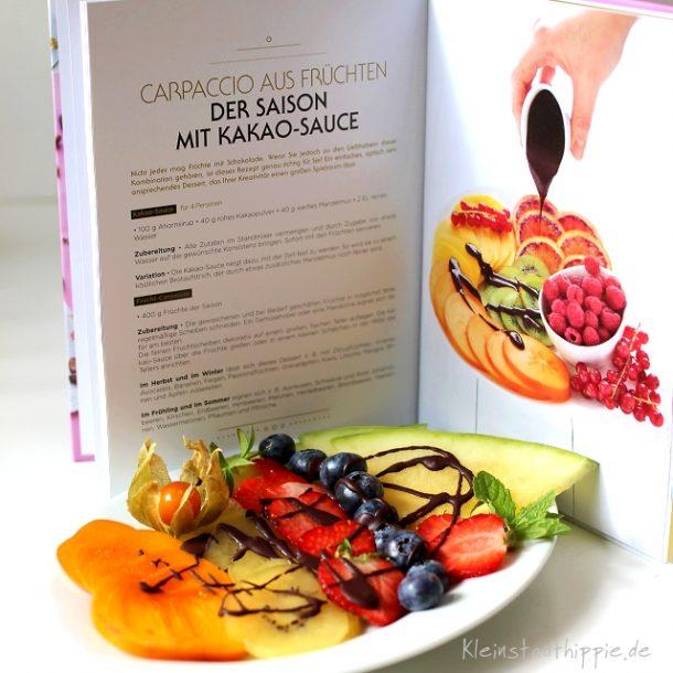 Carpaccio aus Früchten der Saison mit Kakao-Sauce