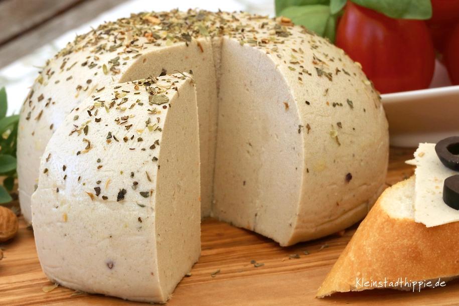 Mandel - Kräuter- Käse vegan