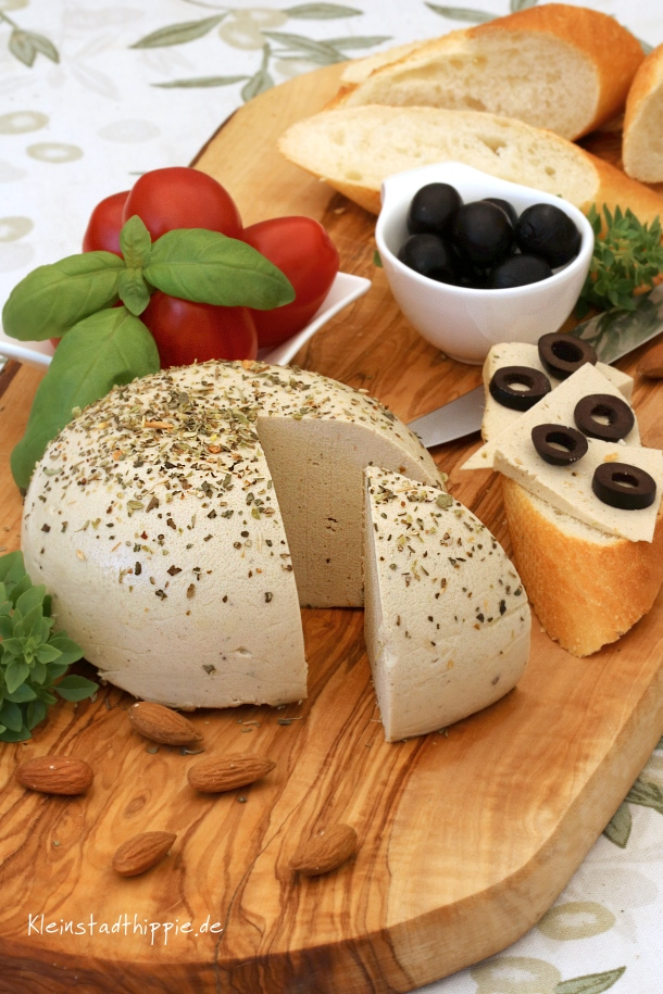 Käse vegan Mandel - Kräuter - Käse vegan - Rezept für veganen Käse