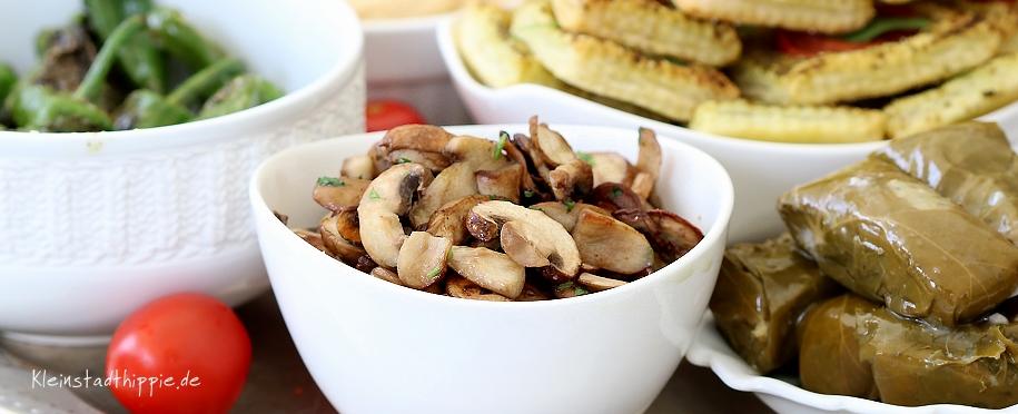 Gebratene Champignons  vegane Antipasti - Vorspeisen - Mezze - Tapas