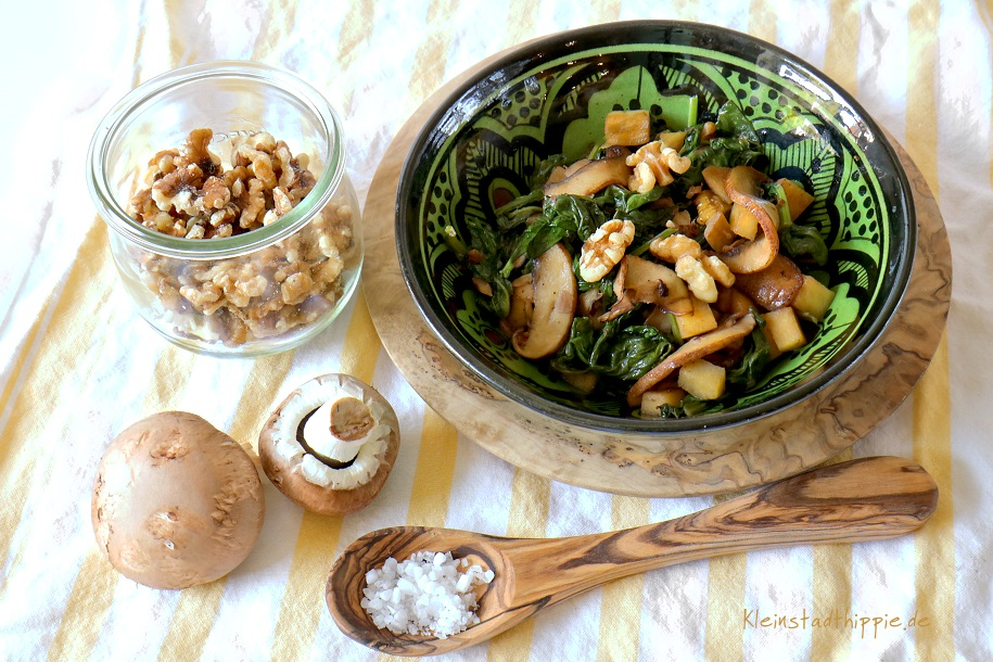 Kolumbianischer Spinatsalat - vegan und lecker - Vegane Rezepte