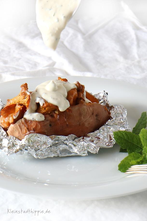 Süßkartoffel mit Pfifferlingen und Minzedip