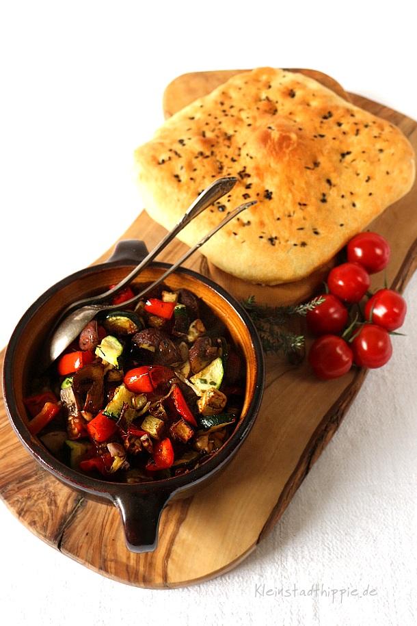 Fladenbrot mit mediterranem Gemüse
