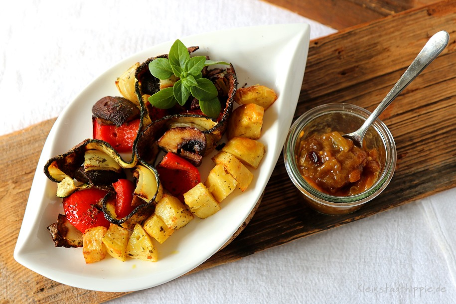 Gemüsespieße und Kartoffelspieße