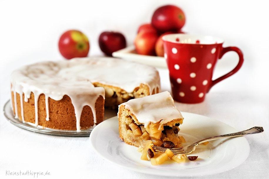 Apfelkuchen mit Mürbteig