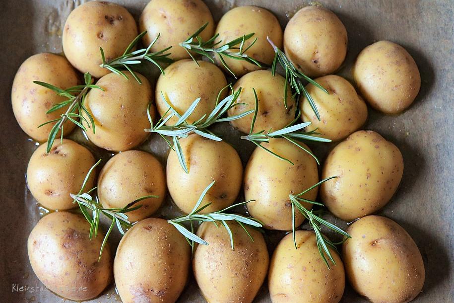 Rosmarinblechkartoffeln