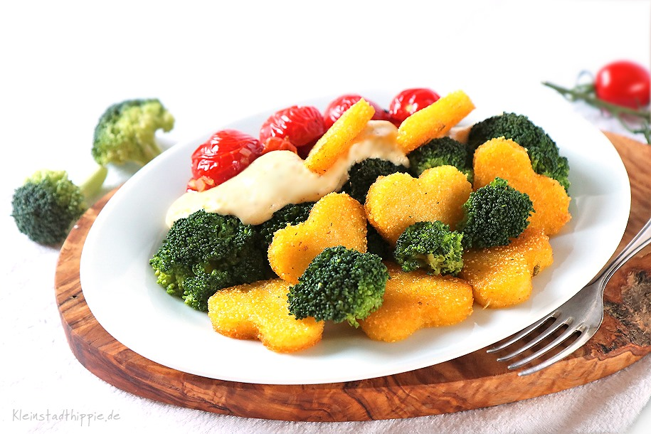 Brokkoli mit veganer Cashewsahnesoße