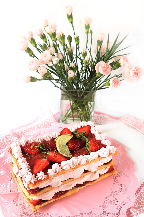 Erdbeersahnekuchen zum Muttertag - Muttertagskuchen