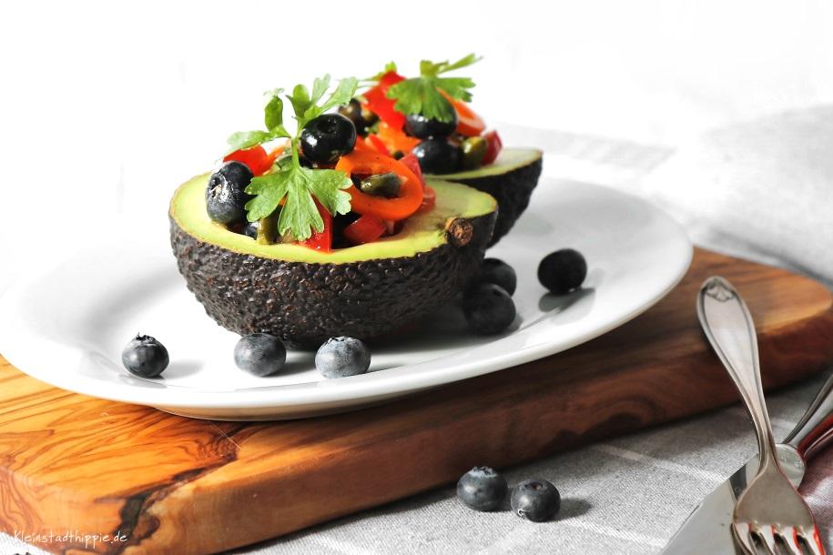 gef llte avocado low carb von kleinstadthippie vegane rezepte. Black Bedroom Furniture Sets. Home Design Ideas