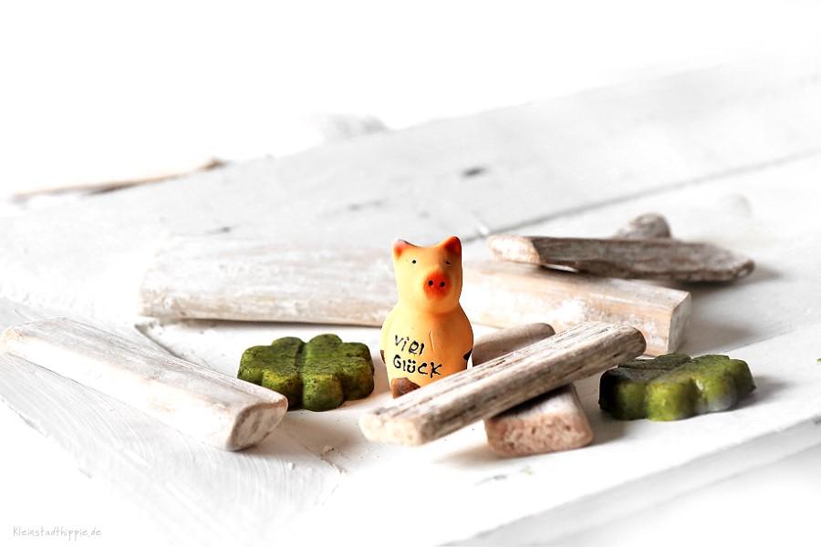 Erbsensuppe - Neujahrssuppe - silvestersuppe - vegane Erbsensuppe