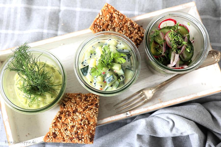 Gurkensalat: 3 Rezepte Gurkensalat geraspelt mit Dill, Minigurkensalat mit Radieschen, Gurkensalat mit Koriander u. schwarzem Sesam