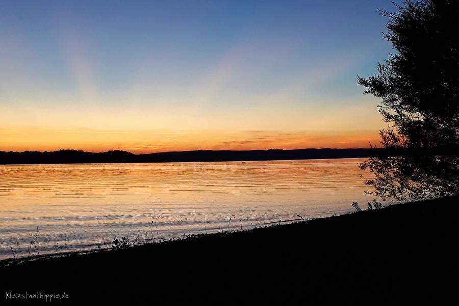 Abend und baden am Starnberger See