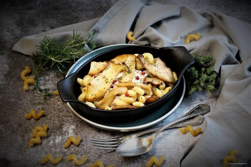 ALB GOLD Pasta mit Kräuterseitlingen und Cashewsahnesoße