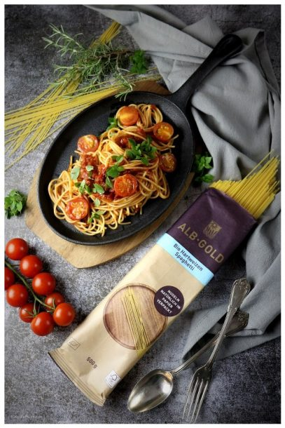 ALB GOLD Spaghetti mit Tomaten und Basilikum