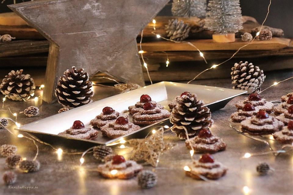 Barbaras Schokoladen-Kirschplätzchen