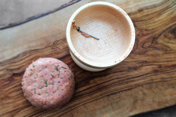 Frikadellen mit dem Frikadello von Seiferts Küchenhelfer zubereitet