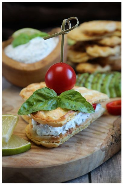 vegane Kräuterwaffeln - veganes Frühstück mit Matchachin Guayusa Energytee