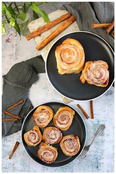 Cinnamon Rolls mit Crème fraîche-Frosting